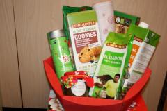 Een doos gevuld met Fairtrade producten